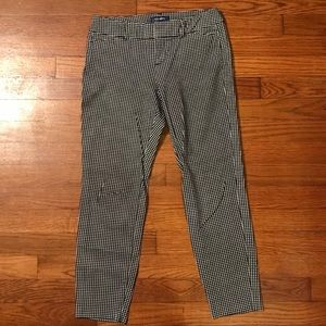Old Navy crop pants